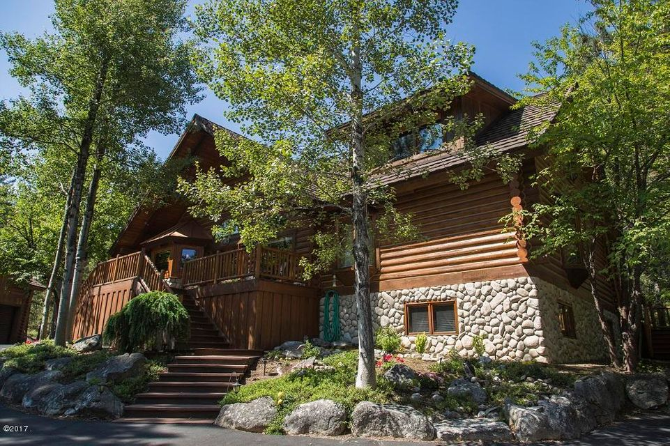 Single Family Home for Sale at 1096 Bear Creek Trail Victor, Montana 59875 United States