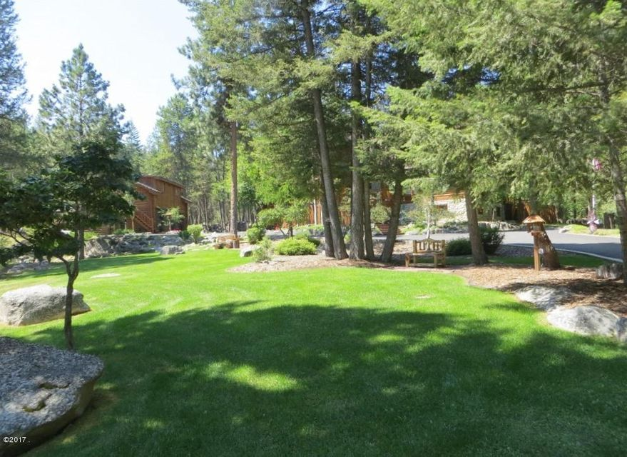 Additional photo for property listing at 1096 Bear Creek Trail  Victor, Montana 59875 United States