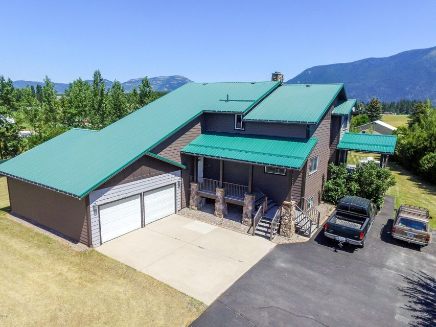 Single Family Home for Sale at 105 Hellman Lane Columbia Falls, Montana 59912 United States