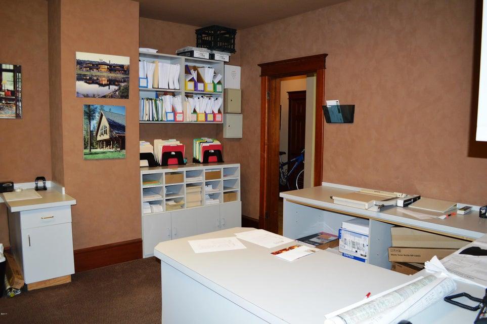 Additional photo for property listing at 335 Spokane Avenue  Whitefish, Montana 59937 United States