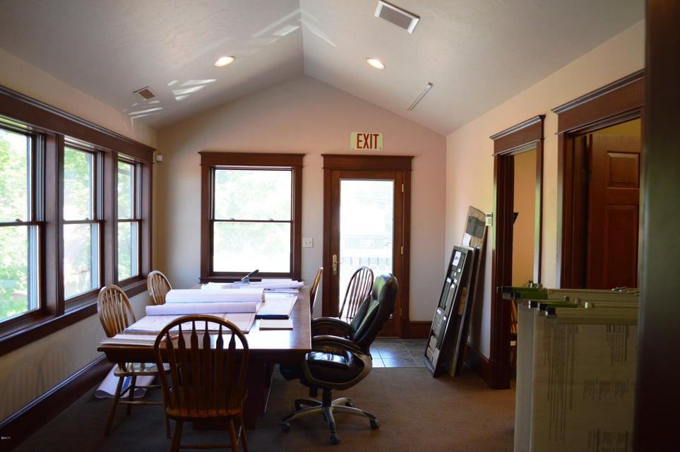 Additional photo for property listing at 335 Spokane Avenue 335 Spokane Avenue Whitefish, Montana 59937 United States