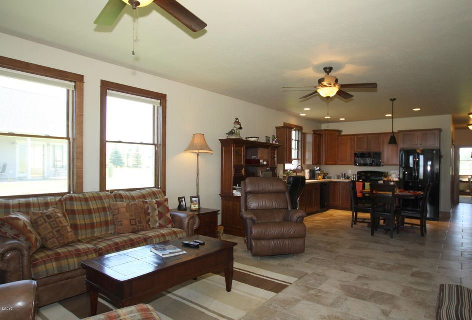 Additional photo for property listing at 435 Red Tail Lane 435 Red Tail Lane Hamilton, Montana 59840 United States