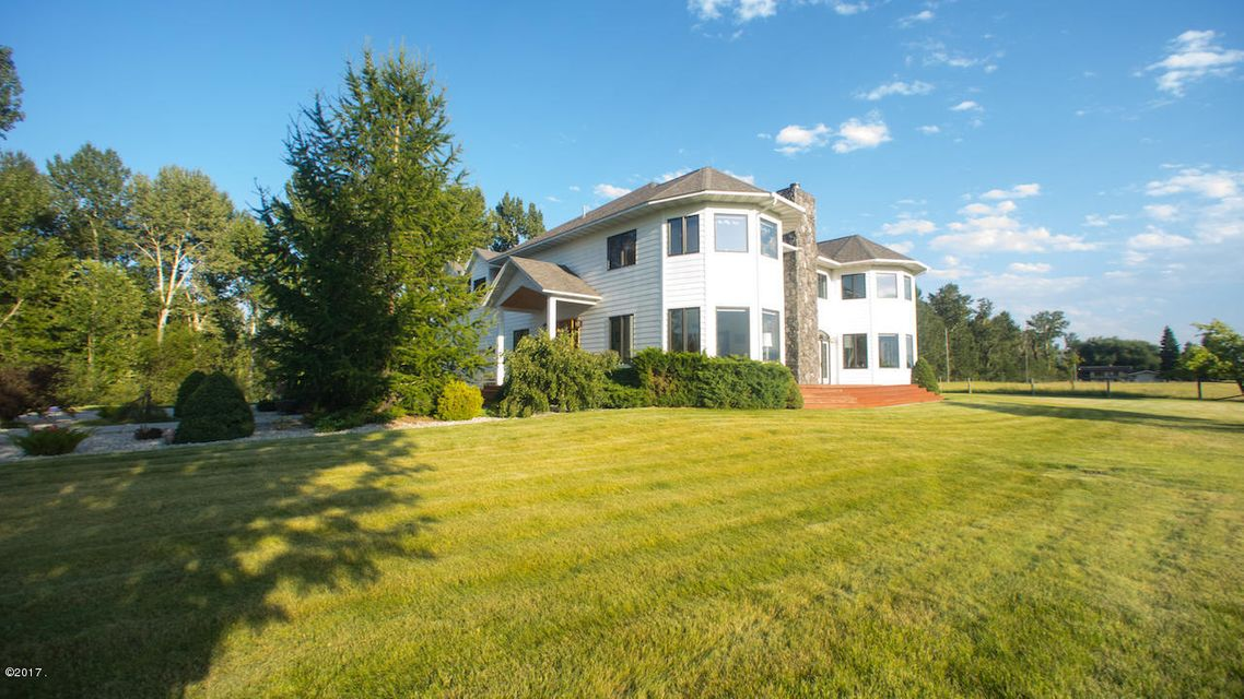 Single Family Home for Sale at 4160 River Road Stevensville, Montana 59870 United States