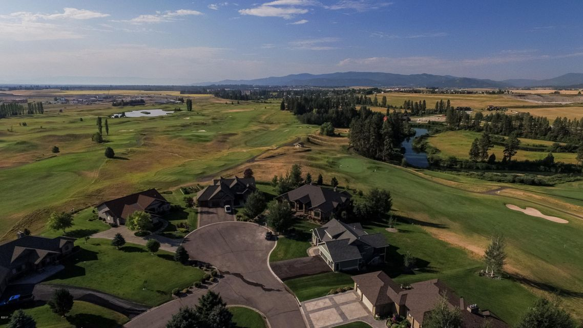 Additional photo for property listing at 300 Fox Hollow Court 300 Fox Hollow Court Kalispell, Montana 59901 United States