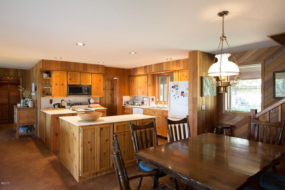 Additional photo for property listing at 2080 Houston Drive 2080 Houston Drive Whitefish, Montana 59937 United States
