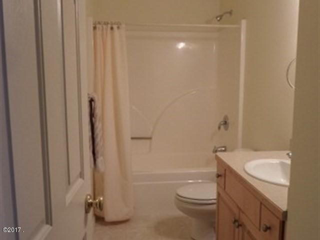 024_Guest Bath