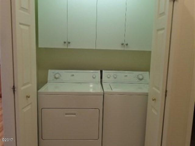 036_Laundry Area