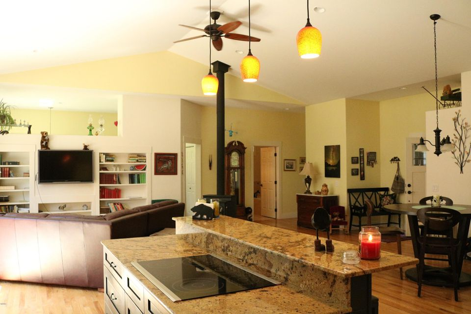 Additional photo for property listing at 88 Brady Way 88 Brady Way Whitefish, Montana 59937 United States
