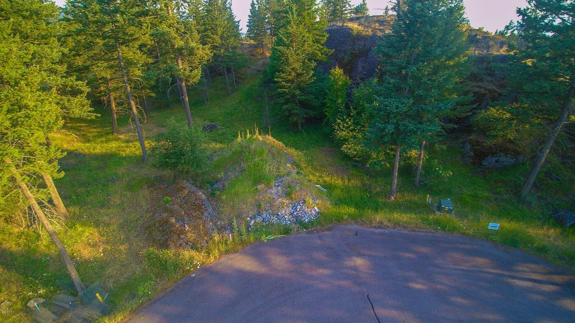 Additional photo for property listing at 1237 Whispering Rock Road 1237 Whispering Rock Road Bigfork, Montana 59911 United States