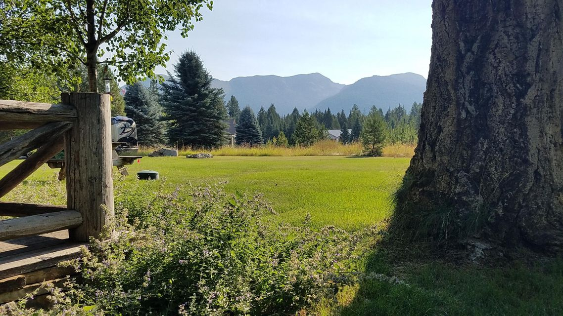 Additional photo for property listing at 933 Echo Lake Road 933 Echo Lake Road Bigfork, Montana 59911 United States