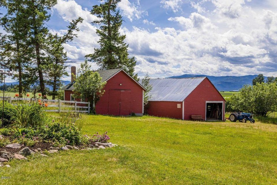 Additional photo for property listing at 820 Riverside Road 820 Riverside Road Kalispell, Montana 59901 United States