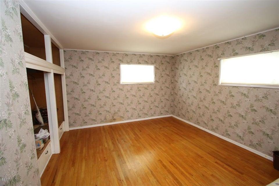 22 36 Helterline Lane bedroom 1 (Medium)