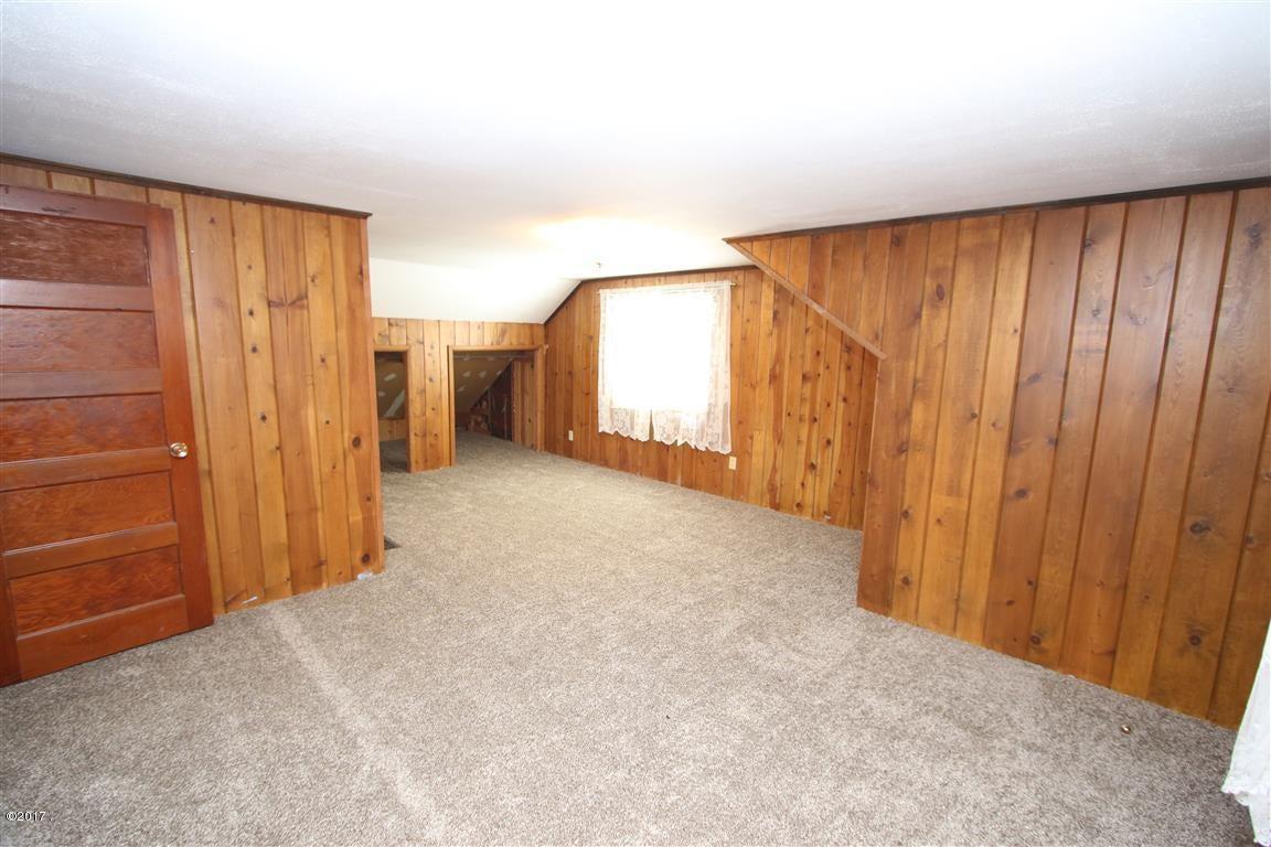 32 36 Helterline Lane 1 Upstairs bedroom