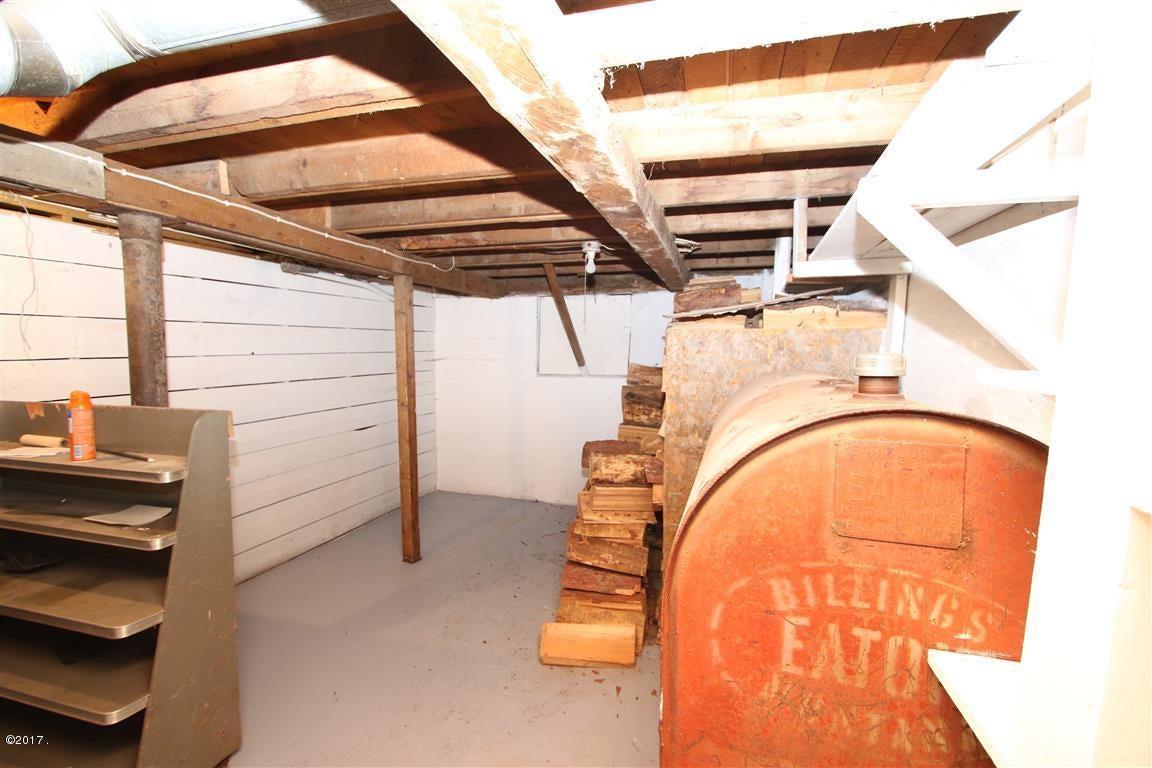 45 36 Helterline Lane woodroom 1 (Medium