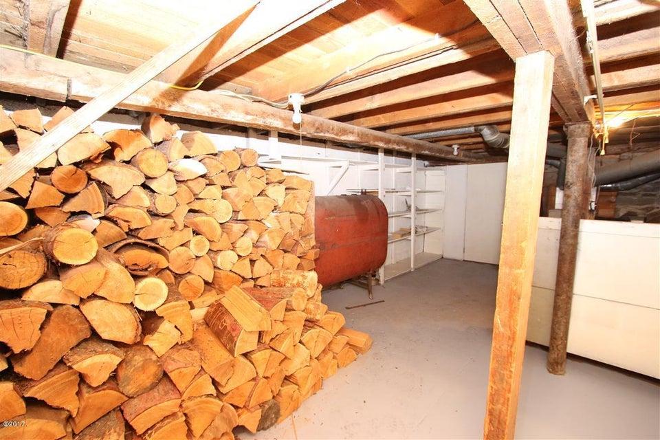 46 36 Helterline Lane woodroom 2 (Medium