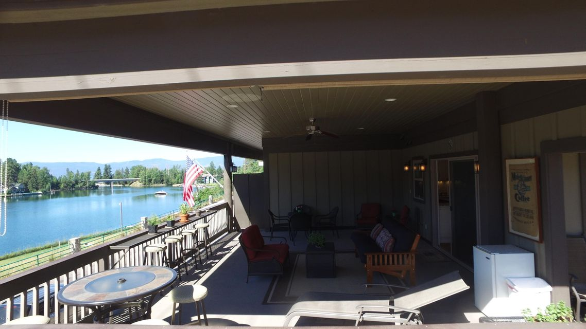 Additional photo for property listing at 425 Grand Drive  Bigfork, Montana 59911 United States