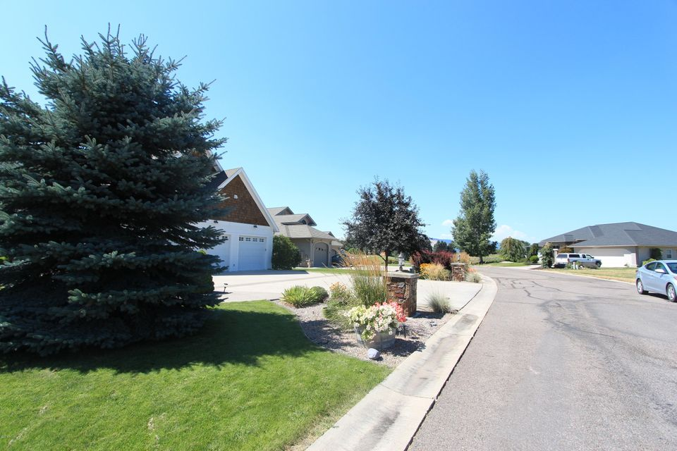 Additional photo for property listing at 211 Eagle Drive  Polson, Montana 59860 United States