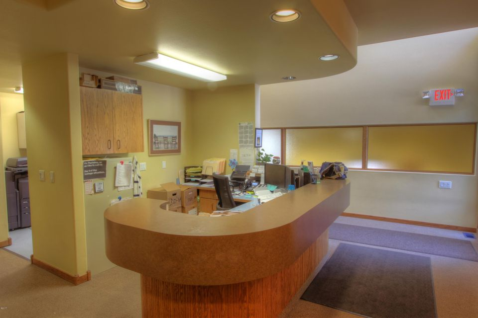 Additional photo for property listing at 1205 South Main Street 1205 South Main Street Kalispell, Montana 59901 United States