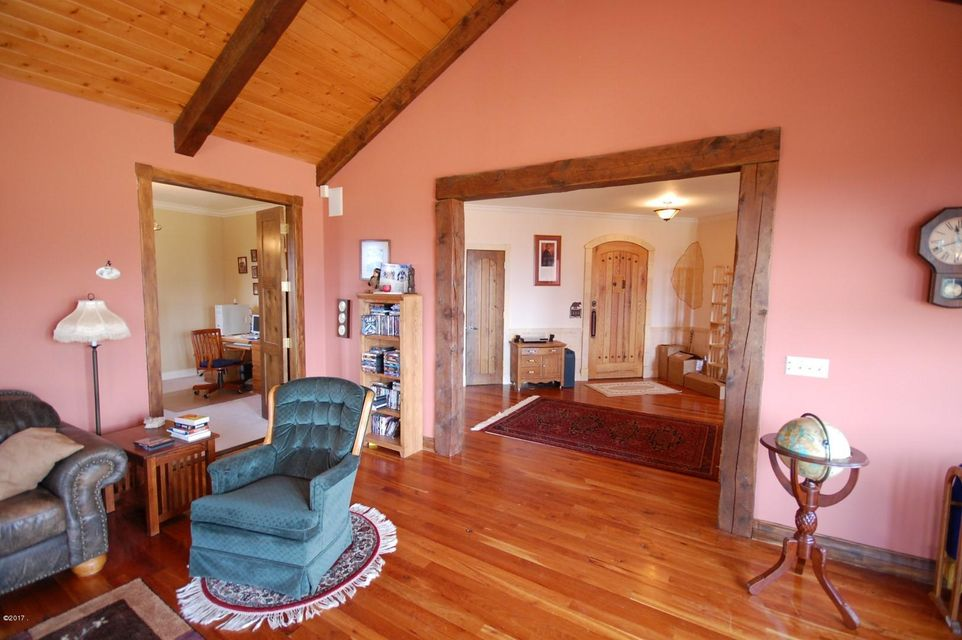 Additional photo for property listing at 1551 Red Crow Road 1551 Red Crow Road Victor, Montana 59875 United States