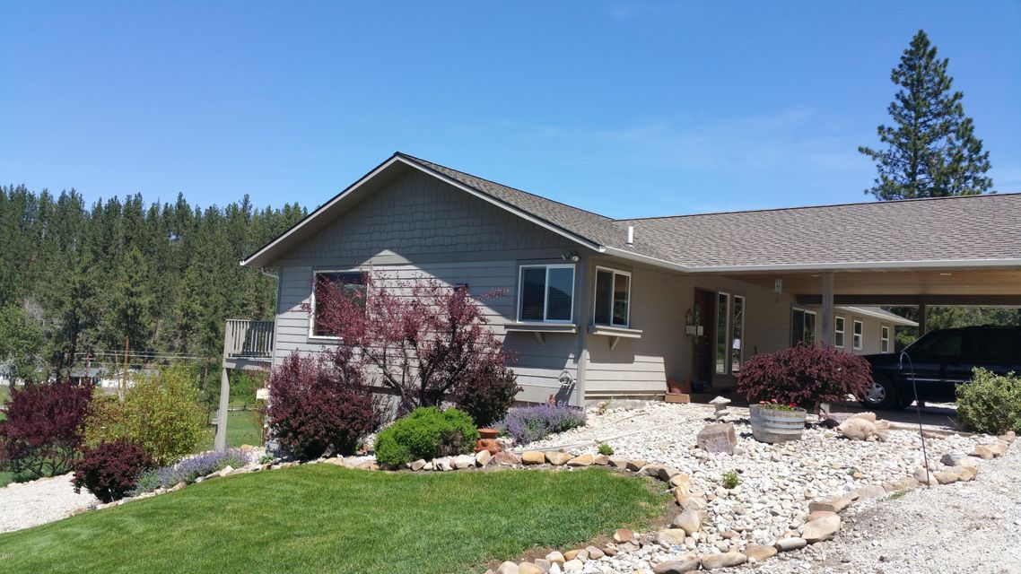 Additional photo for property listing at 397 Pine Hollow Road 397 Pine Hollow Road Stevensville, Montana 59870 United States