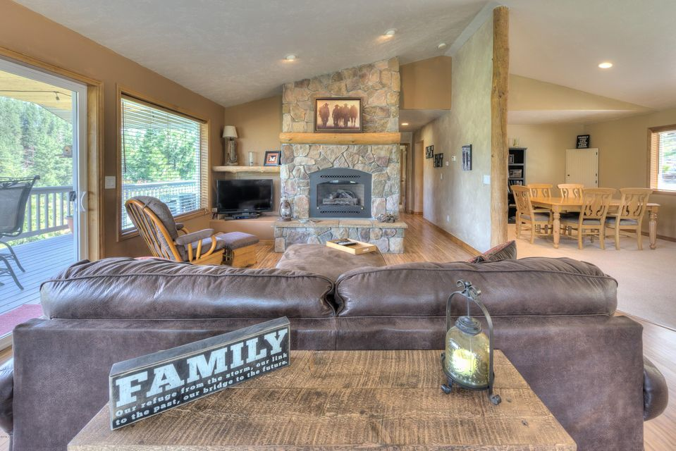 Additional photo for property listing at 397 Pine Hollow Road  Stevensville, Montana 59870 United States