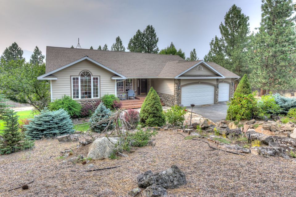 Single Family Home for Sale at 237 Sky Pilot Lane 237 Sky Pilot Lane Stevensville, Montana 59870 United States