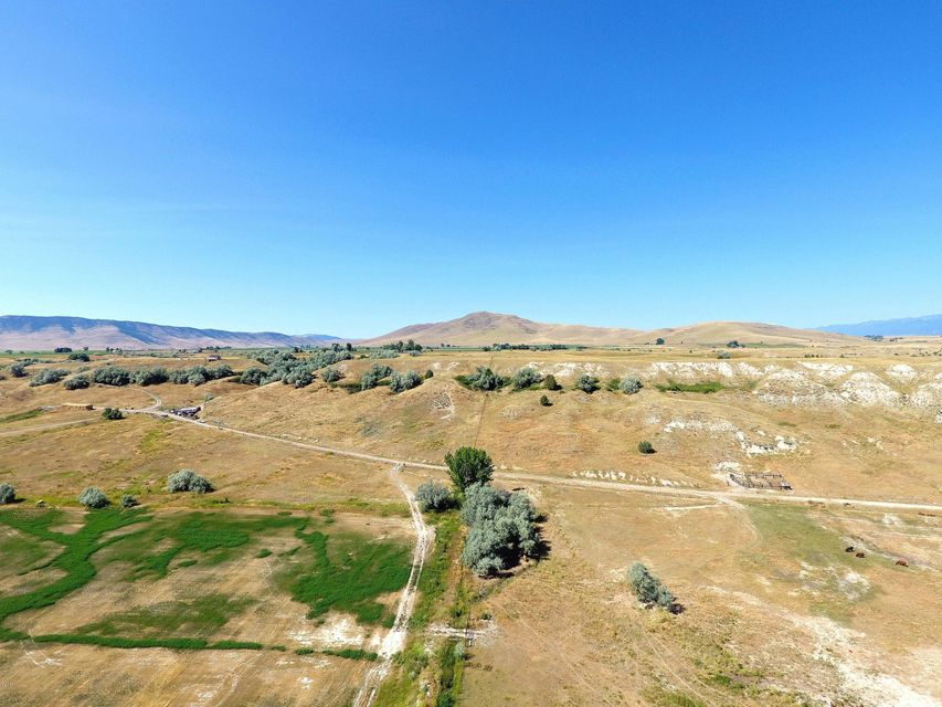 Additional photo for property listing at Wheatland Drive Wheatland Drive Moiese, Montana 59824 United States