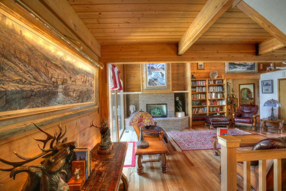 singles in trout creek Welcome to trout creek lodge lightbox bright and spacious home with best amenities lightbox main level lounge with leather couches and.
