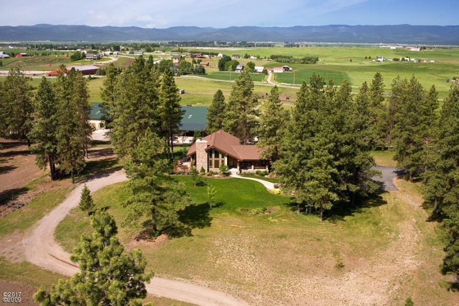 Tek Ailelik Ev için Satış at 1210 Birch Grove Road 1210 Birch Grove Road Kalispell, Montana,59901 Amerika Birleşik Devletleri