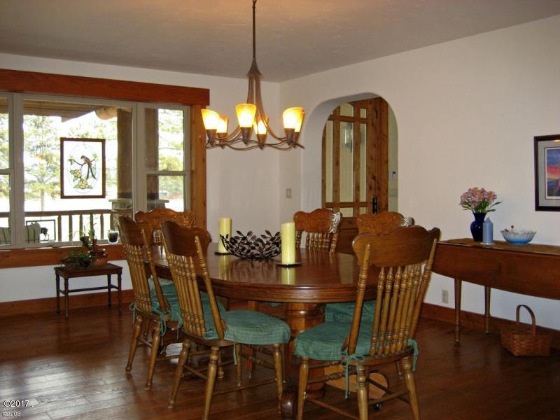 Additional photo for property listing at 1210  Birch Grove Road 1210  Birch Grove Road Kalispell, Montana,59901 Estados Unidos