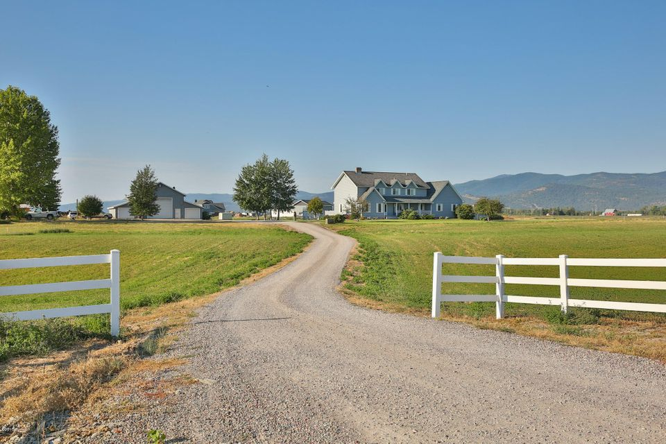 Single Family Home for Sale at 2120 Lower Valley Road 2120 Lower Valley Road Kalispell, Montana 59901 United States