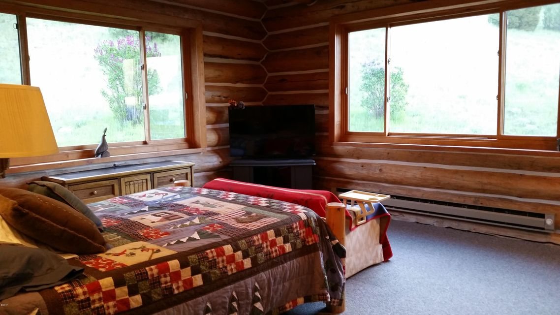 Additional photo for property listing at 1622 Upper Rock Creek Road 1622 Upper Rock Creek Road Philipsburg, Montana 59858 United States