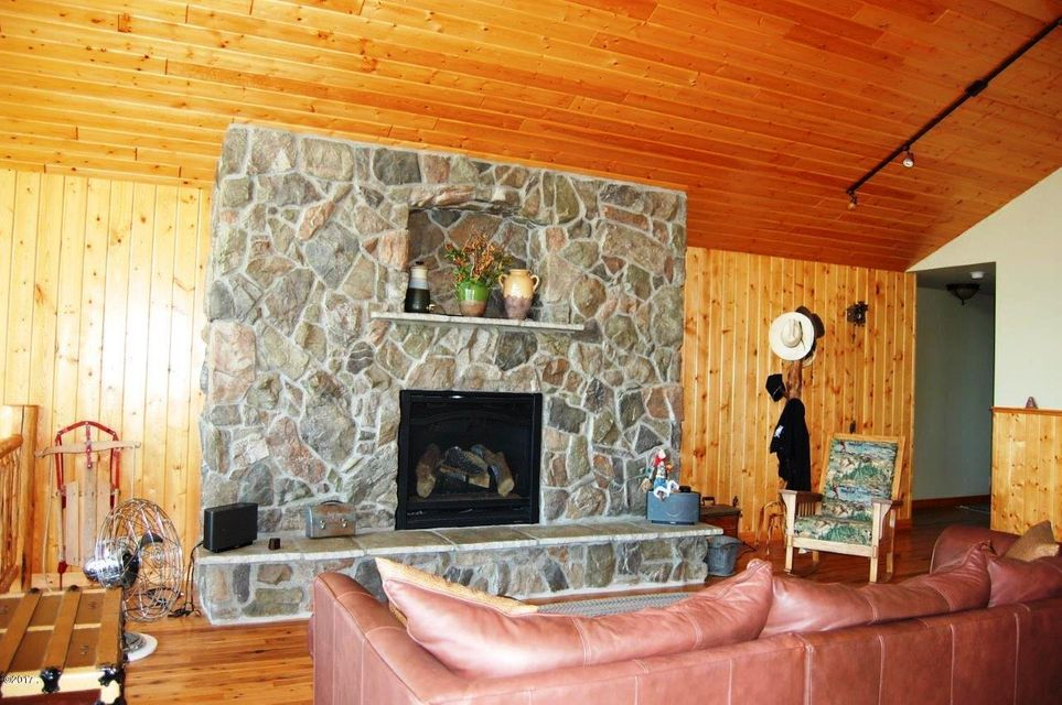 Additional photo for property listing at 11256 South Fork Road 11256 South Fork Road Hobson, Montana 59452 United States