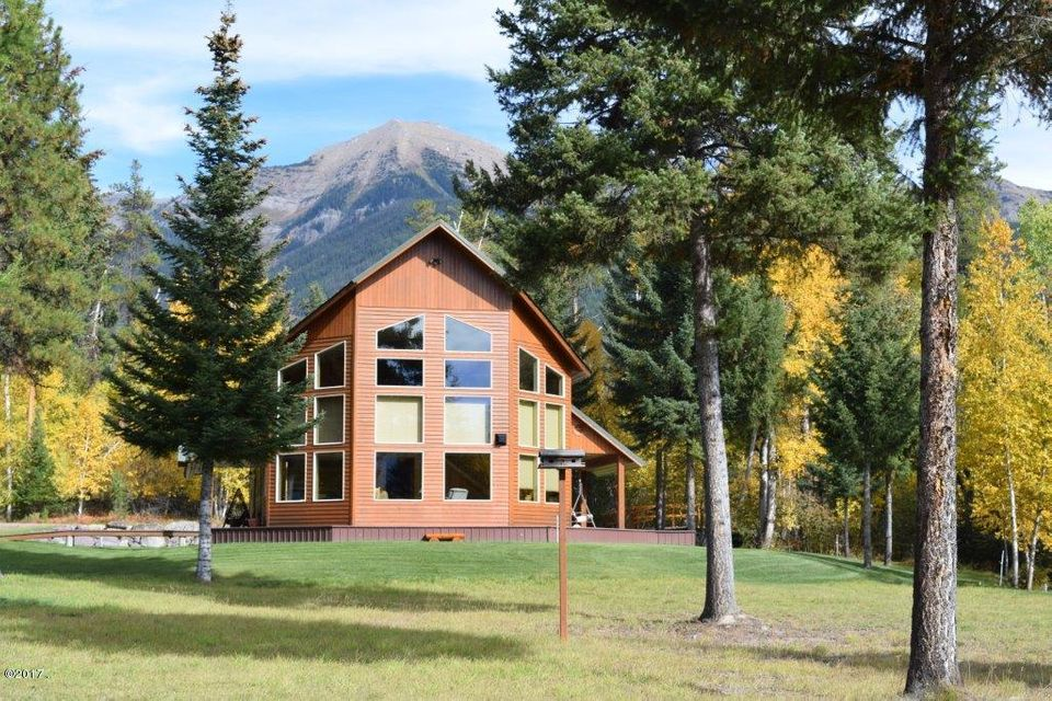 Single Family Home for Sale at 2627 Smith Creek Road Condon, Montana 59826 United States