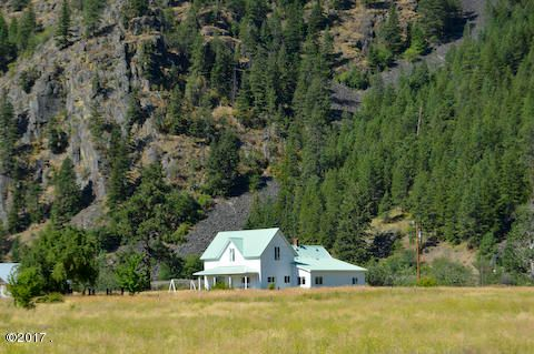 Additional photo for property listing at 2121 Mt. Hwy 135 2121 Mt. Hwy 135 Plains, Montana 59859 United States