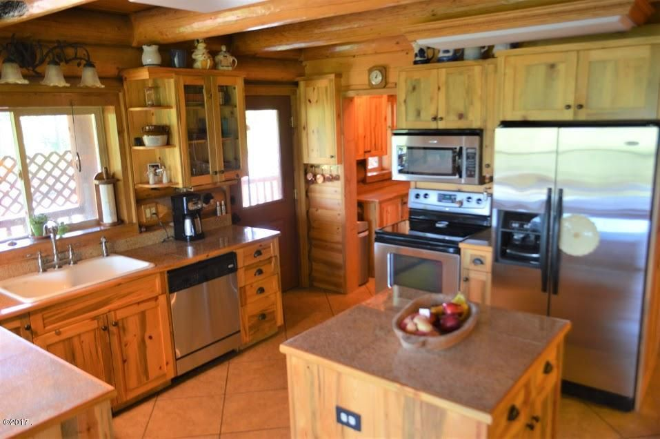 Additional photo for property listing at 1001 Glacier Hills Drive  Martin City, Montana 59926 United States