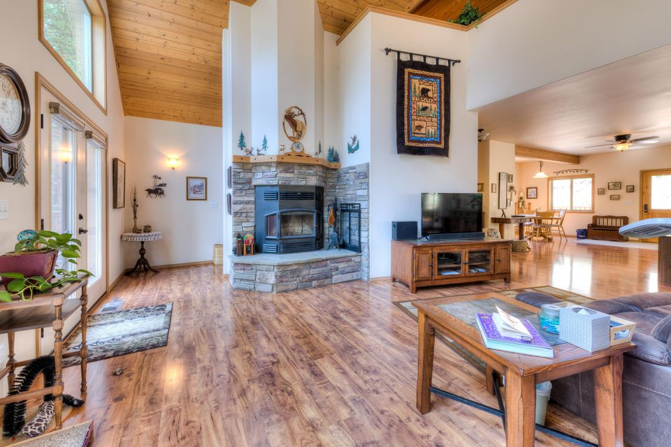 Additional photo for property listing at 280 Watts Lane 280 Watts Lane Hamilton, Montana 59840 United States