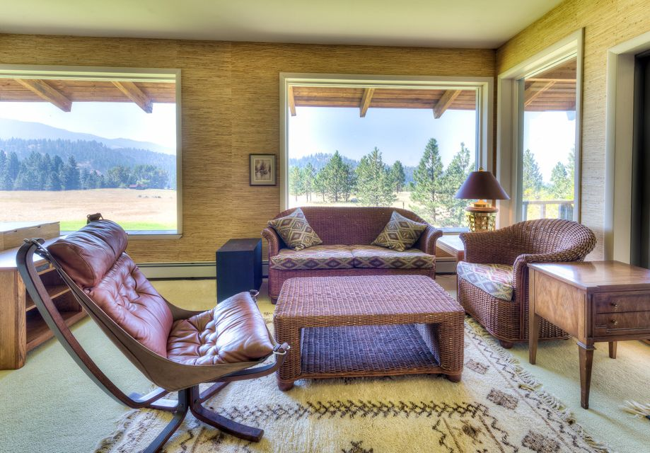 Additional photo for property listing at 963 Little Willow Creek Road  Corvallis, Montana 59828 United States