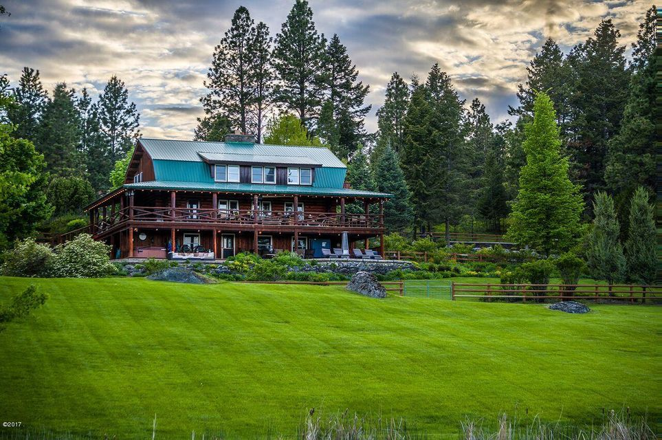 Single Family Home for Sale at 420 Deer Creek Road 420 Deer Creek Road Somers, Montana,59932 United States