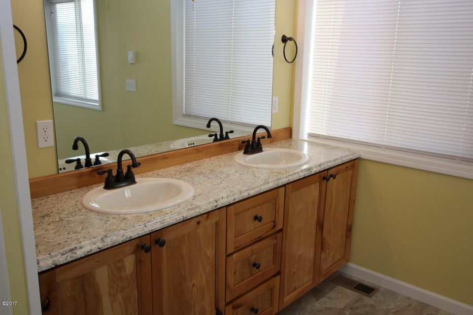 40 Katy Lane master bathroom 1 (Medium)