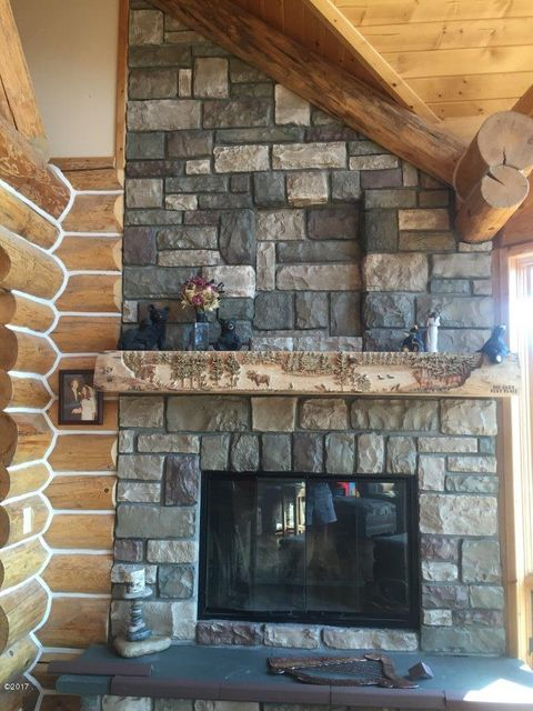 Additional photo for property listing at 759 Perimeter Road 759 Perimeter Road Seeley Lake, Montana 59868 United States