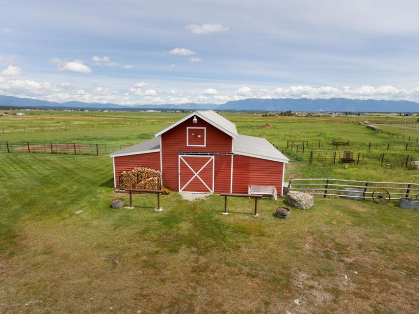 Additional photo for property listing at 124 Le Doux Drive 124 Le Doux Drive Kalispell, Montana 59901 United States