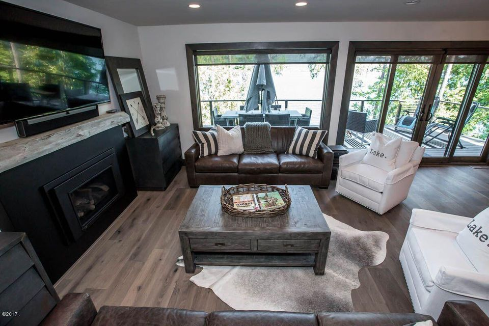 Additional photo for property listing at 1716 West Lakeshore Drive 1716 West Lakeshore Drive Whitefish, Montana,59937 Vereinigte Staaten