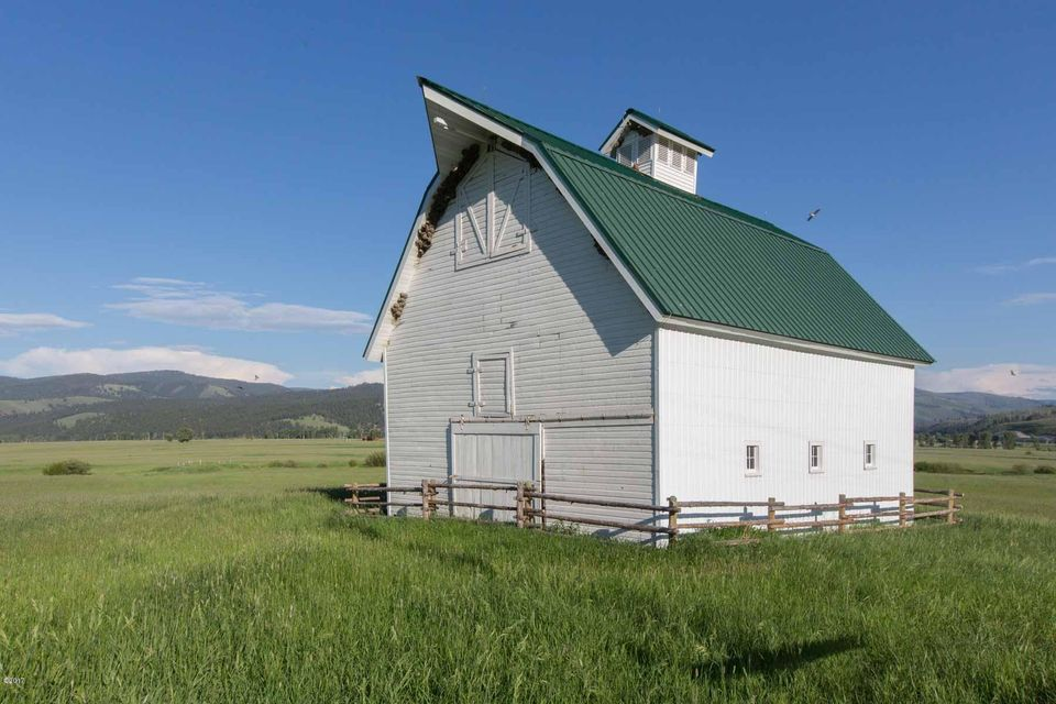 Additional photo for property listing at 279 East Fork Road 279 East Fork Road Sula, Montana 59871 United States