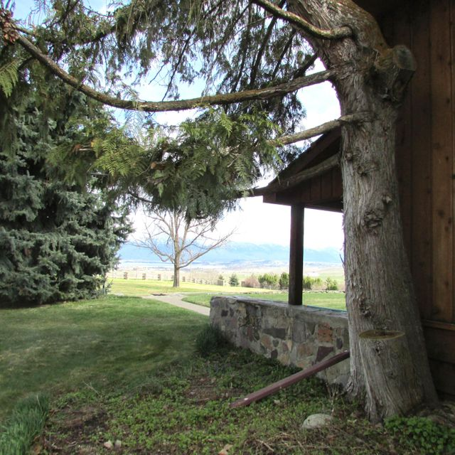 Additional photo for property listing at 42480 Flathead View Drive 42480 Flathead View Drive Polson, Montana 59860 United States