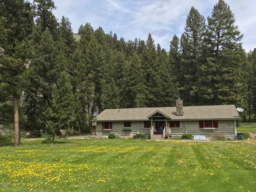 Single Family Home for Sale at 1286 East Fork Road Sula, Montana 59871 United States