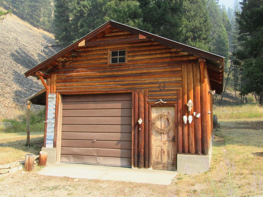 Additional photo for property listing at 1286 East Fork Road 1286 East Fork Road Sula, Montana 59871 United States