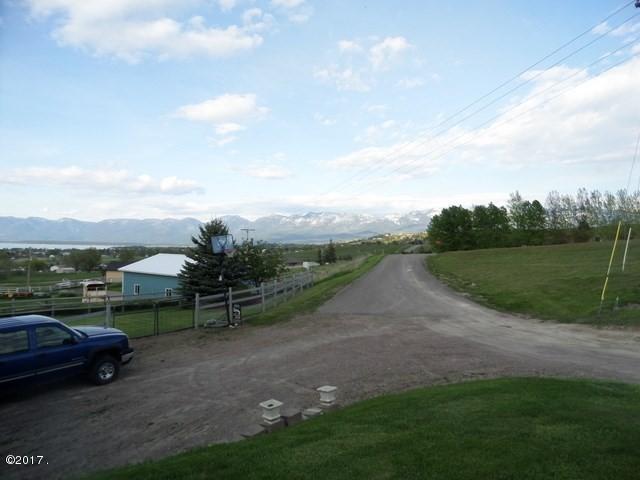 022_Driveway