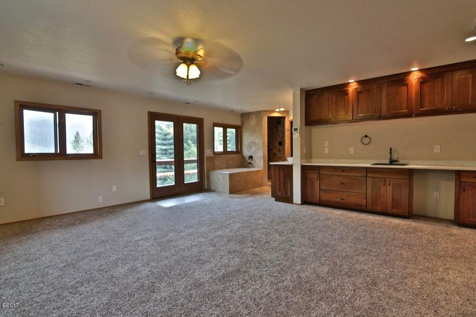 Additional photo for property listing at 97 Golden Pond Drive 97 Golden Pond Drive Heron, Montana 59844 United States