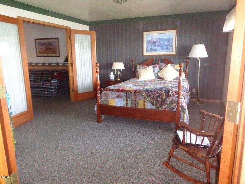 Additional photo for property listing at 630 Black Bear Lane 630 Black Bear Lane Anaconda, Montana 59711 United States